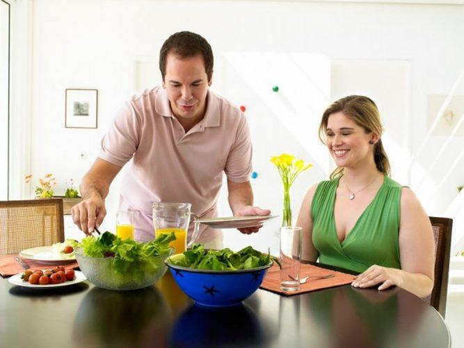 Mang thai nên ăn uống thế nào để phát triển tốt cho bé?