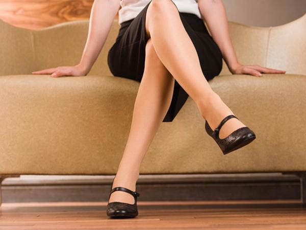 Bà bầu ngồi ghế thấp hay ngồi ghế cao tốt hơn?