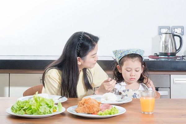 Bổ sung sắt là việc làm cần thiết để đảm bảo sự phát triển khỏe mạnh của con