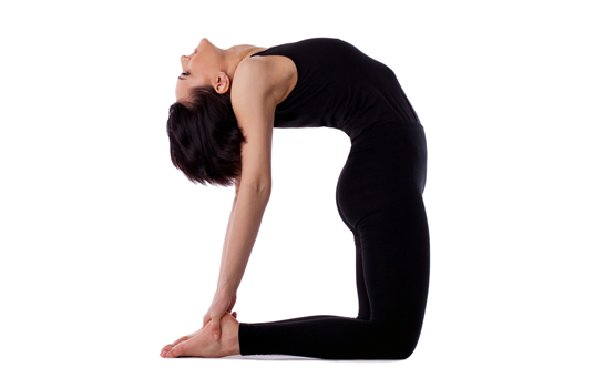 các tư thế yoga cho bà bầu nên tránh