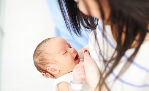 Thực phẩm bổ sung sắt tốt cho mẹ sau sinh