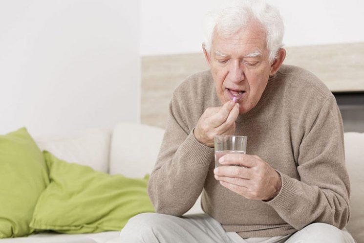 Người già uống canxi bao lâu thì ngưng