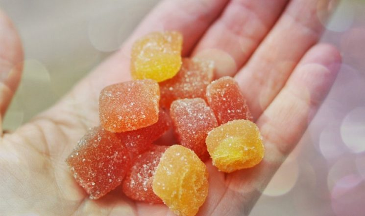 Kẹo vitamin cho bà bầu có tốt không?