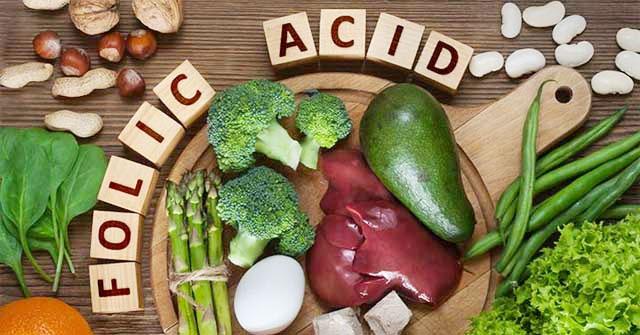 uống acid folic trước hay sau khi ăn thì tốt
