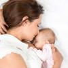 Sữa mẹ giảm đột ngột có phải biểu hiện thiếu máu sau sinh?