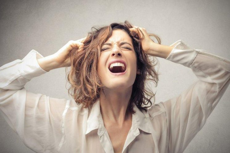 Uống thuốc sắt có bị chậm kinh không?