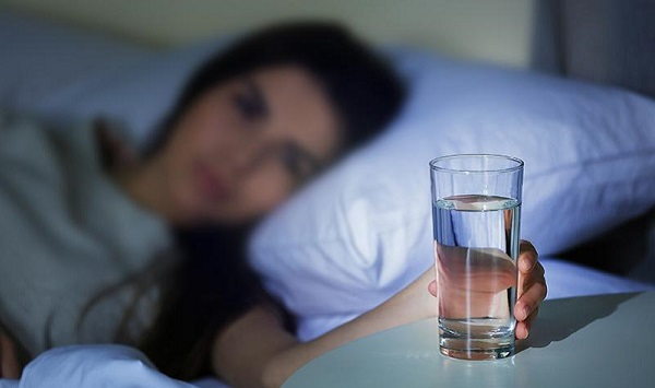 Cách uống sắt và vitamin tổng hợp trong thai kì cho mẹ bầu