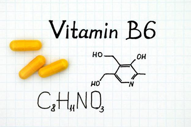 Có nên sử dụng vitamin tổng hợp cho bà bầu 3 tháng đầu