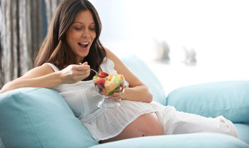 Bà bầu ăn hồng khô được không? Lưu ý khi ăn hồng khô trong thai kỳ