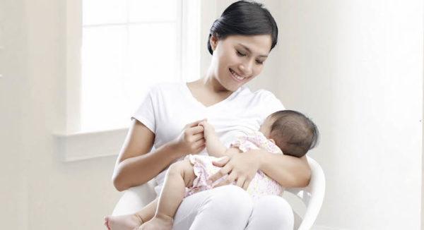 Sau sinh có nên uống thuốc sắt và canxi?