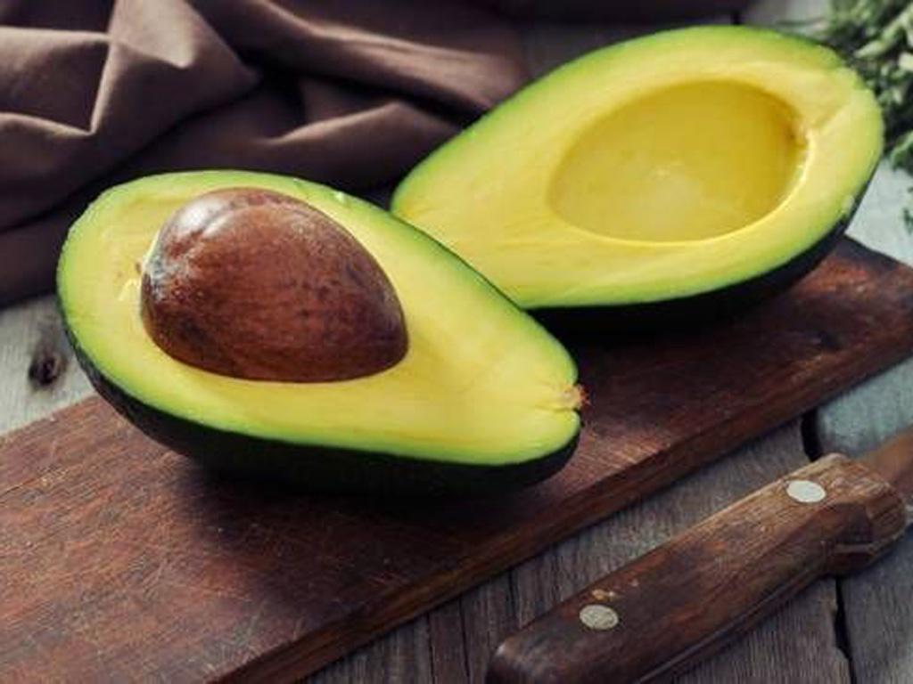 Sau sinh mổ không nên ăn hoa quả gì?